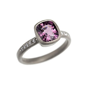 R234 18ct white gold, purple spinel and diamond ring