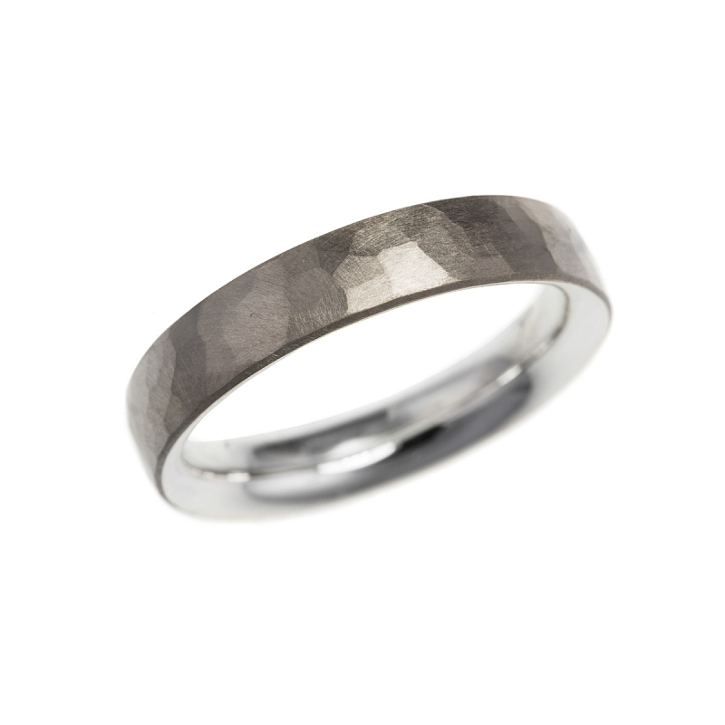 Silver and gold hammered skin rings Photo r184.jpg