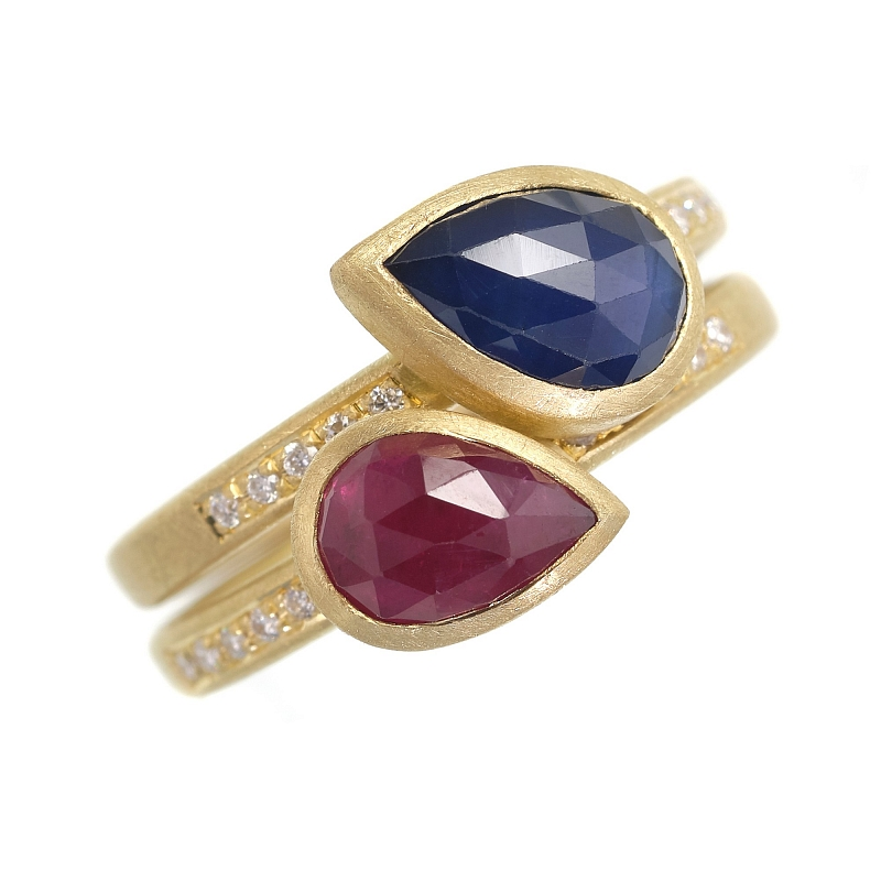 R347 & R348 pear shape rose cut Ruby and sapphire rings Photo h_webster_dscf9252.jpg